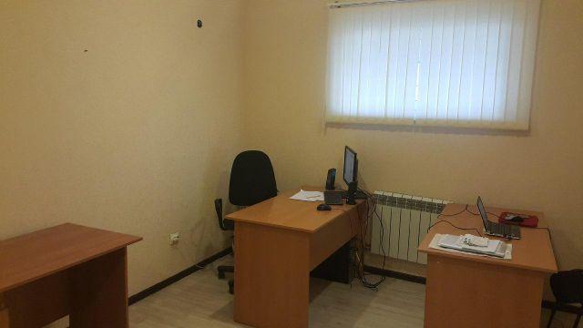 Офис у дома Академика Лукьяненко 101