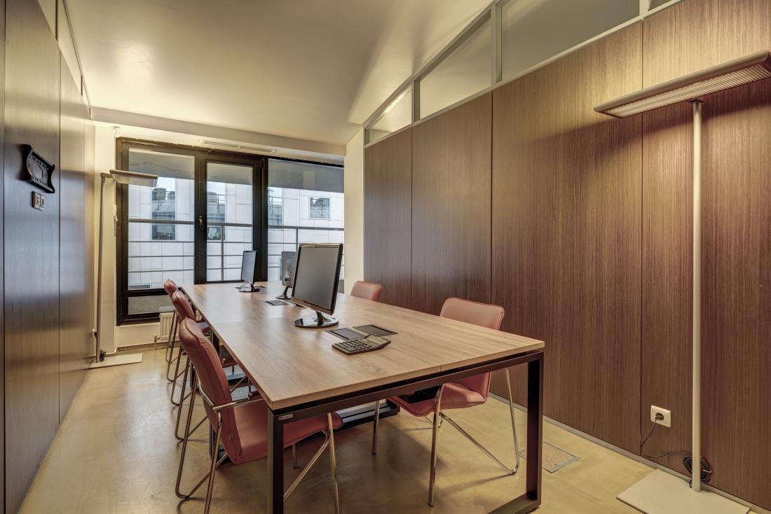 Офис на 6 мест