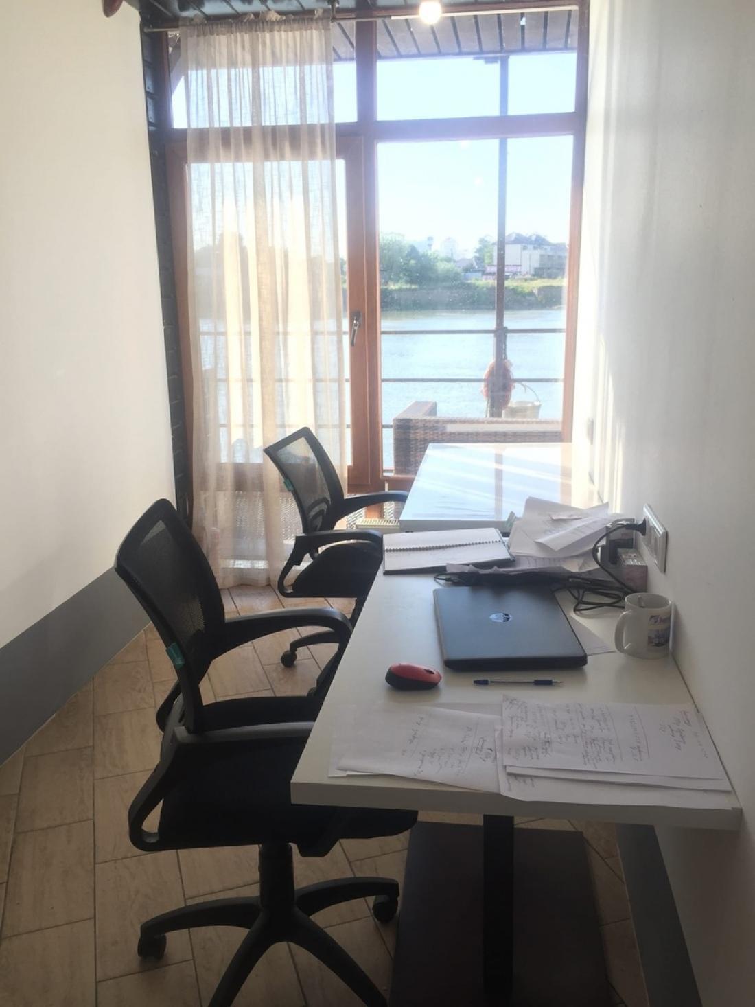 Офис на 2 рабочих места